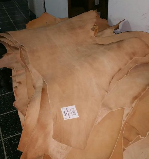 Cuero vaqueta cogote para marroquineria